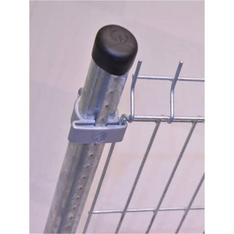 Poteau à crémaillères pour clôture 1,23 m